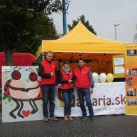 s dobrovoľníkmi na Michalskom jarmoku prezentujeme OZ Samaria